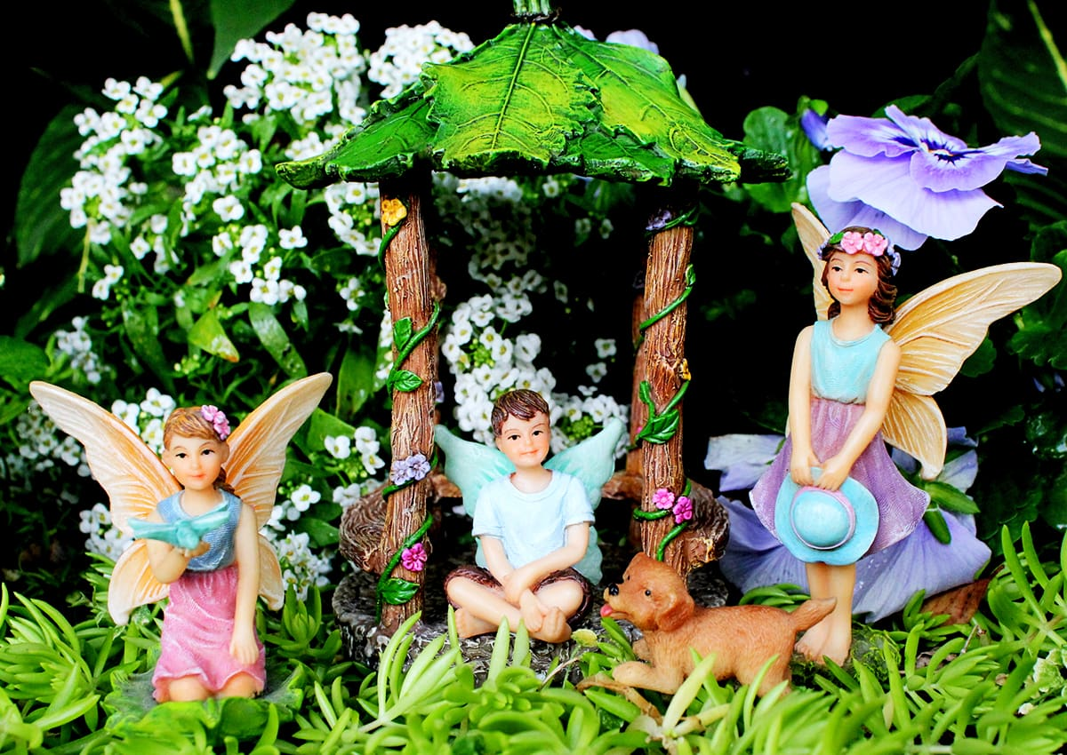 10 WAYS YOUR KIDS WILL BENEFIT FROM FAIRY GARDENS