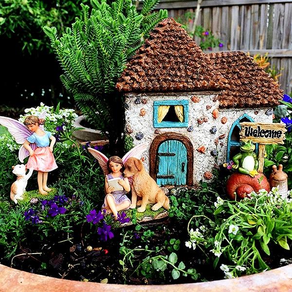 Fairy Garden Pine Cone House 5